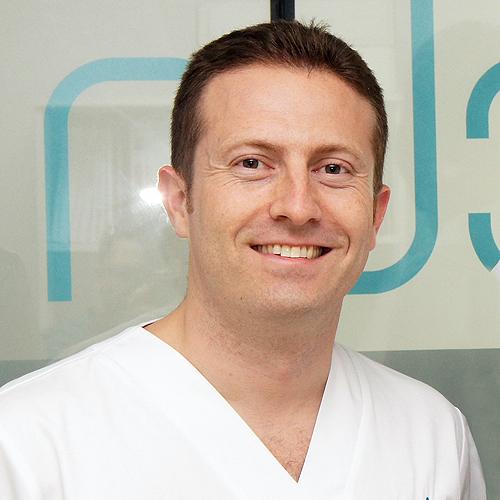 Dr. FERMÍN VALERA